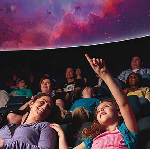 Giant screens and planetariums